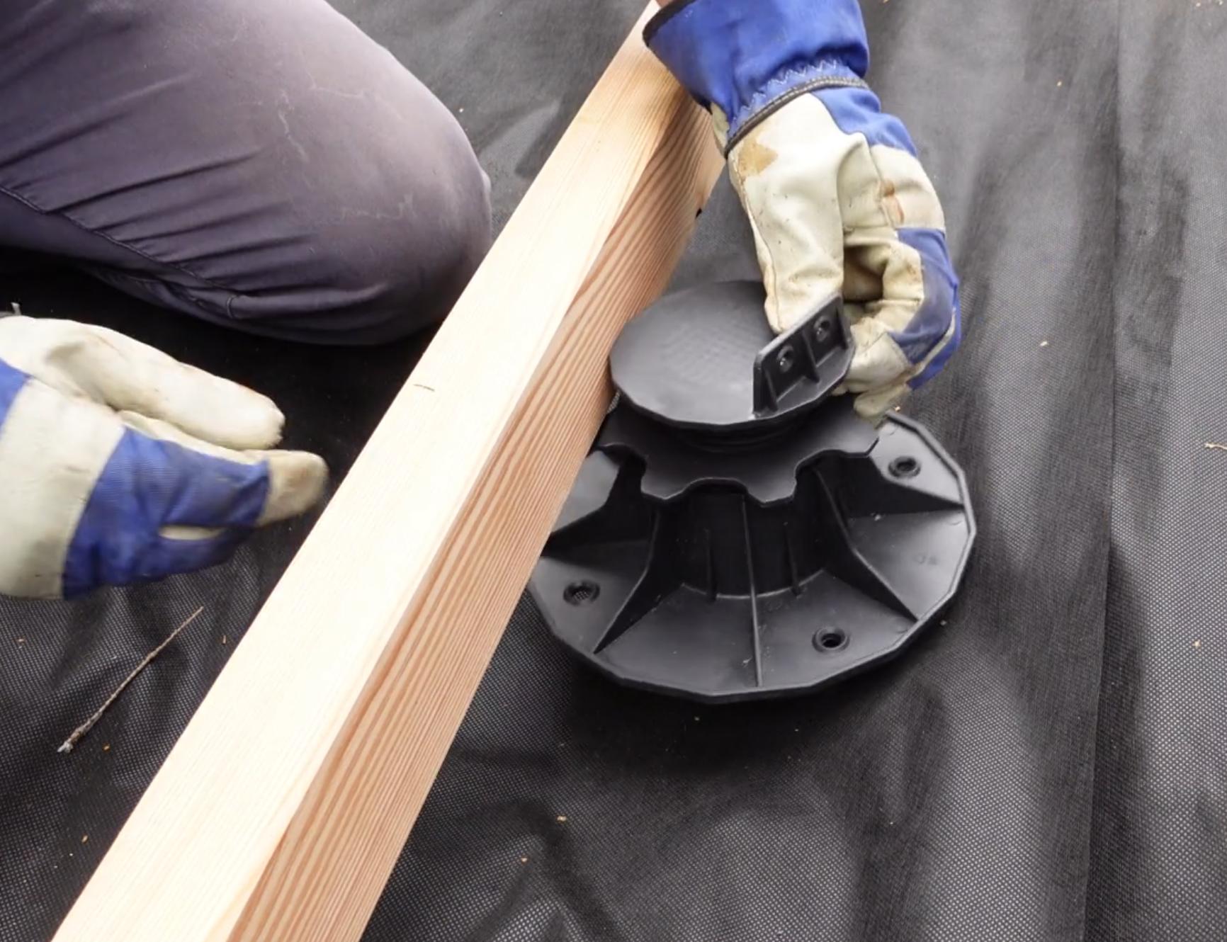 Terrassenfüsse für Holzbalken Unterkonstruktion